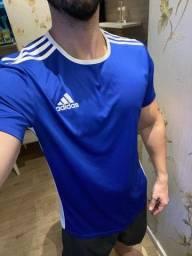 Título do anúncio: Blusa Adidas original