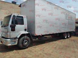 Título do anúncio: Cargo 2428e 2006/2006 Baú de 11 mts