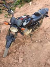 CG TITAN KS 150 /2004