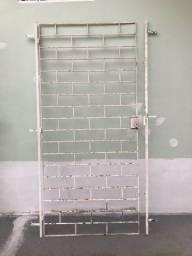 Grade para porta  (tijolinho)