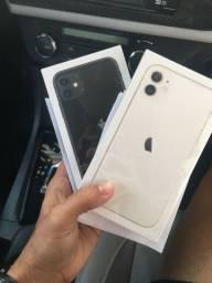 IPhone 11 64GB - Lacrado- 01 ano Garantia Apple - BR
