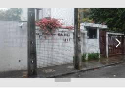Título do anúncio: Alugo apartamento nas  Graças - Recife - PE