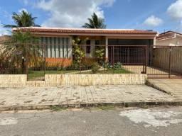 Vendo ótima casa em Cidade Satélite