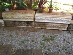 Jardineiras em concreto.