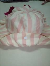 Título do anúncio: Chapéus de bebê com abas e amarrador pra não perder .