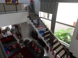 Título do anúncio: Sobrado no Condomínio Florais dos Lagos - 5 suítes - 4 vagas - Lazer Completo - Cuiabá - M