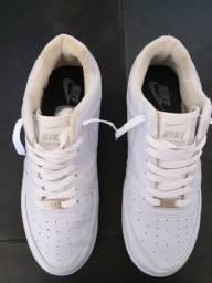 Título do anúncio: Nike Air force 1 branco