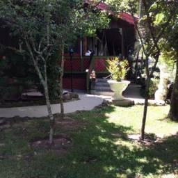Casa com 4 dormitórios à venda, 240 m² por R$ 1.500.000,00 - Villágio - Gramado/RS