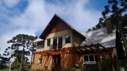 Casa com 3 dormitórios à venda, 300 m² por R$ 2.300.000,00 - Vila Suzana - Canela/RS