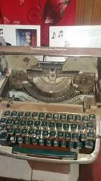Máquina de escrever Remington Quit-riter