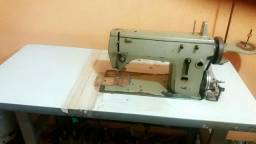 Vendo máquina de bordar singer