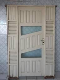 Porta de frente madeira com vidro