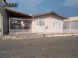 02 Casas no mesmo terreno com 03 e 02 dormitórios - Itajai