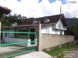 Casa 3 qtos (suíte), próx. Centro de Lumiar, N. Friburgo/RJ (22-2533-0178)