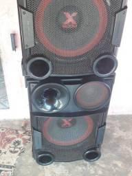 Vende-se caixas de som com led