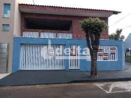 Casa para alugar com 5 dormitórios em Jardim patrícia, Uberlândia cod:594594