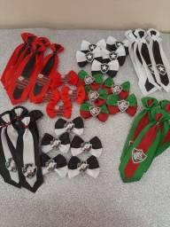 Laços  e gravatas pet futebol