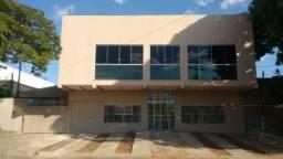 Aluga-se um prédio comercial bem localizado em Palmas