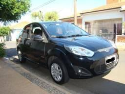 Ford Fiesta Sedan 1.0 4P Flex 2010/2011- Completo, segunda dona, perfeito estado - 2011