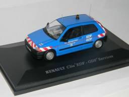 Miniaturas 1/43 polícia Kombi Escolar Lada Niva Renault Clio