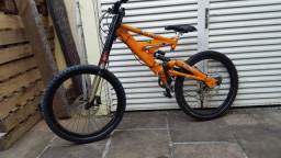 Bike RC3 DH Full Suspension