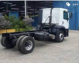 Caminhão costellation VW