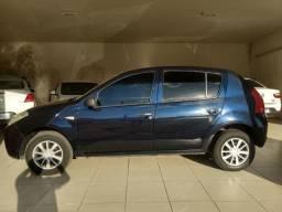 Renault Sandero Authentique 1.0 16V (flex) 2010