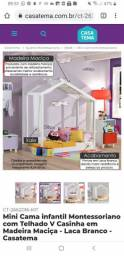Mini Cama Montessoriano casinha em madeira e pintura laca.