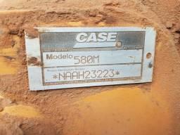 Case 580 M 4x2 único dono