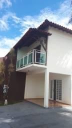 Título do anúncio: Excelente Casa Duplex, Bairro Trevo