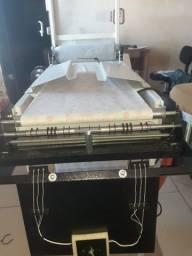 Maquina para Produção de Fraldas Descartáveis e Maquina Seladora