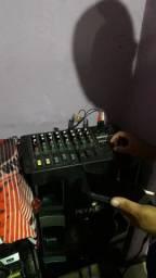 Mesa de áudio de 8 canas