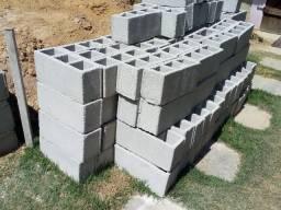 Vendo 125 blocos