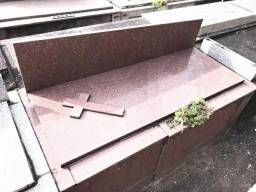 Jazigo Perpetuo no Cemiterio do Caju .ACEITO OFERTA..