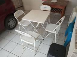 Título do anúncio: Jogo de mês com 4 cadeiras em aço