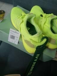 Título do anúncio: Sapato , Ivy Park Verde Neon . Adidas original