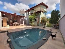 Título do anúncio: Casa duplex com excelente localização no Bairro Riviera