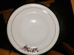 Pratos porcelana Renner