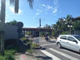 Título do anúncio: Casa térrea pra venda no residêncial Itapuã,fechado.