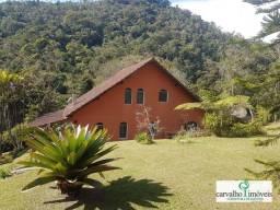 Título do anúncio: Casa com 3 dormitórios à venda, 210 m² por R$ 890.000,00 - Vargem Grande - Teresópolis/RJ