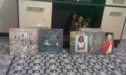Vendo 134 CDs antigos