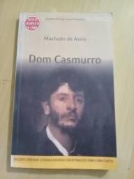 """Livro """"Dom Casmurro"""""""