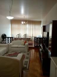 Apartamento 2 quartos mobiliado super bem localizado em Copacabana