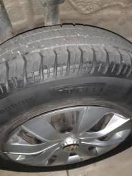 Vendo roda com pneu aro 13 para vender logo