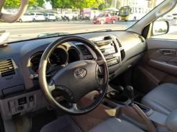 Toyota Hilux CD SRV 4x4 3.0 TB-IC 16v Automático 163cv 2011 - 2011