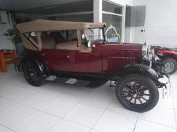 Chevrolet Phaeton 1928 (Pavão)