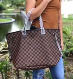 Bolsa Feminina Louis Vuitton e outras marcas