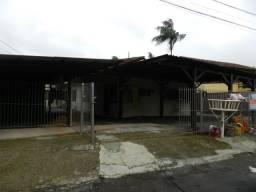 Alugo Kit de 2 quartos no bairro Bom Retiro - Joinville/SC