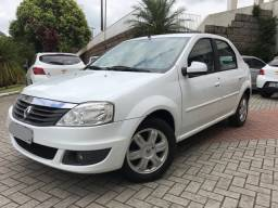 Renault Logan Expression 1.6 Completo