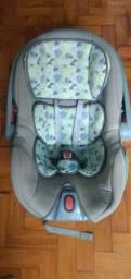 Para sair rápido  $60,00 Cadeirinha para bebê de carro